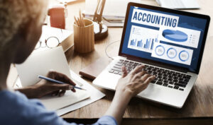 How Online Bookkeeping Helps Save Time And Money